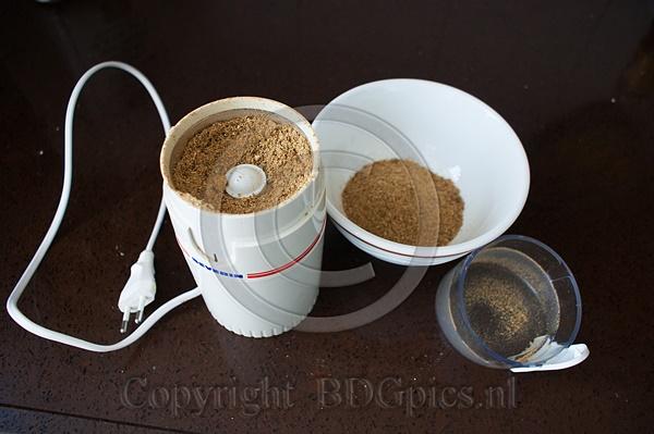 Currypoeder en koffiemolen