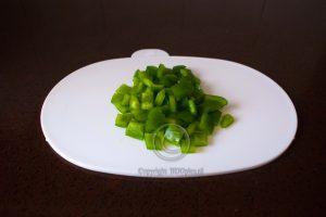 Paprika; groene paprika; paprikastukjes; stukjes groene paprika